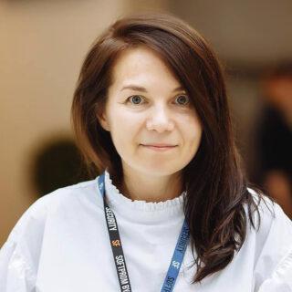 https://pointer.agency/wp-content/uploads/2021/08/Марина-Куріщенко-320x320.jpg